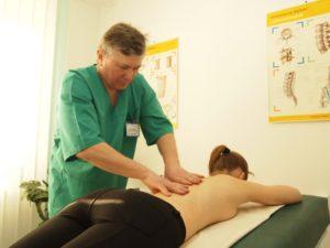 Массаж пояснично-крестцового отдела позвоночника при остеохондрозе