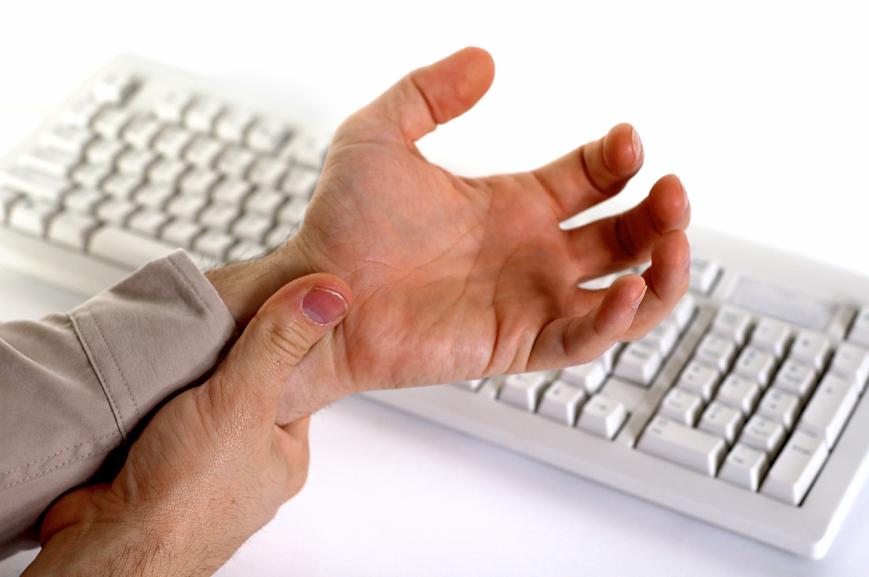 Почему возникает остеоартроз рук