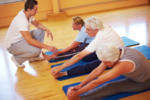 физические занятия, направленные на укрепление мышц спины